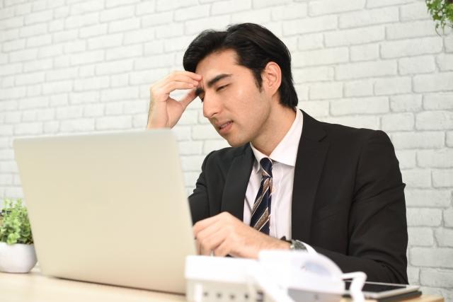 【IT】やりたいことが出来そうだが3年後離職率が高めの中小企業に入社 or 一部上場企業への入社